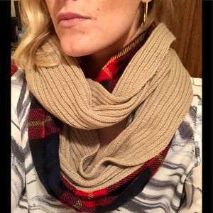 Flannel and beige infinity scarf❣️